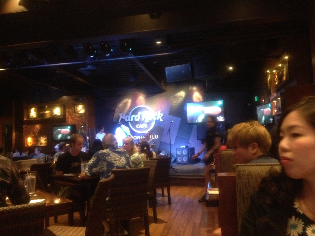 hard rock cafe1