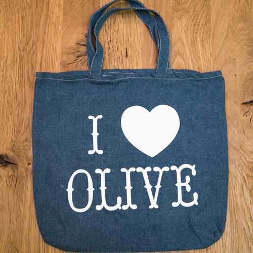 オリーブティックのバッグ