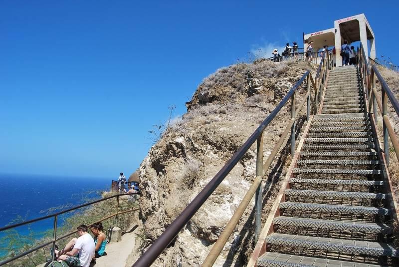 ダイヤモンドヘッド階段
