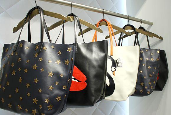 ヴァレンティノのバッグ