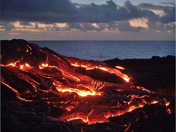 ハワイ活火山
