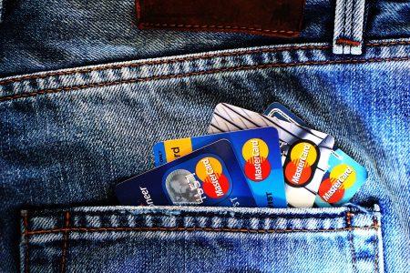 クレジットカードの持参