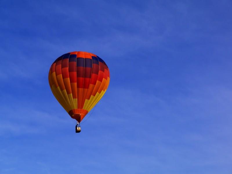 気球で大陸横断