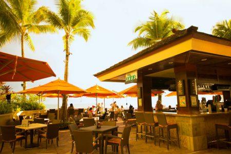 ハワイ ミュージックディナー ザビーチバー