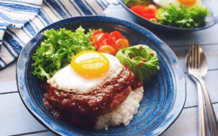 ハワイ ロコモコ 人気レストラン