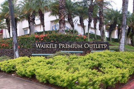 ハワイ ワイケレプレミアムアウトレット ショッピング