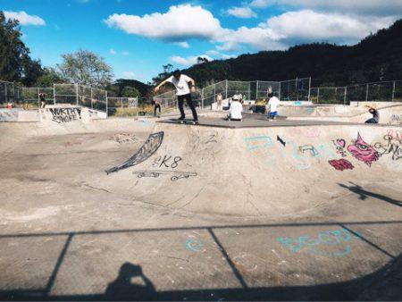 ハワイ スケートパーク バンザイロックスケートパーク