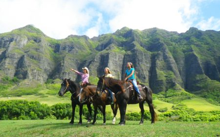 ハワイ クアロアランチアクティビティ 乗馬体験