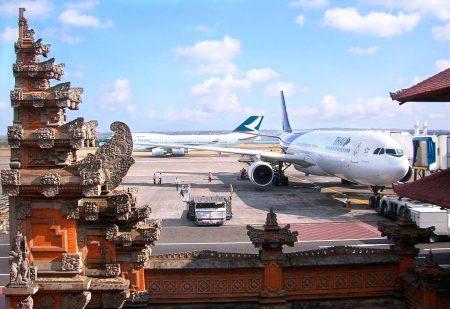 バリ島 イ・グスティ・ングラ・ライ国際空港 フライト時間