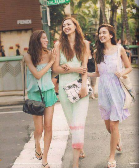 ハワイ 観光ファッション 女性