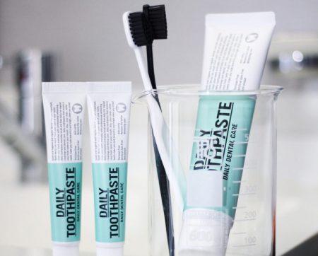 ハワイ 機内で便利な持ち物 歯ブラシ