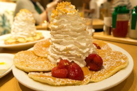 ハワイ エッグスンシングス パンケーキ