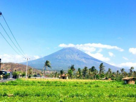 バリ島 アグン山 特徴