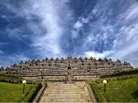 バリ島 ツアー ボロブドゥール寺院遺跡とプランバナン寺院遺跡