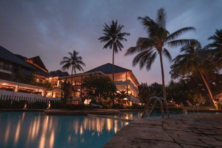 グアム 旅費 ホテル