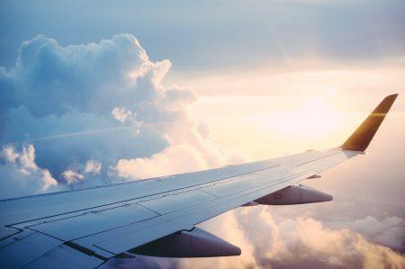 グアム 旅費 航空会社
