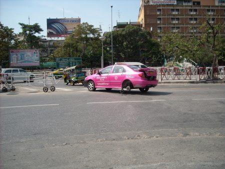プーケット 空港 タクシー
