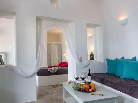 サントリーニ島 ホテル 室内