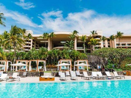 ハプナビーチホテルのプール