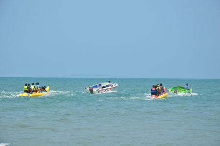 プーケット パトンビーチ バナナボート
