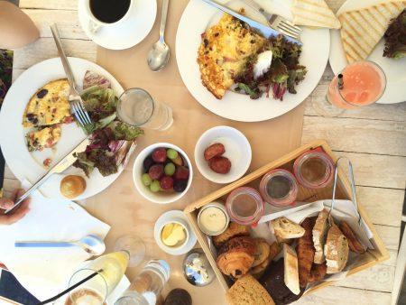 サントリーニ島 ホテル レストラン