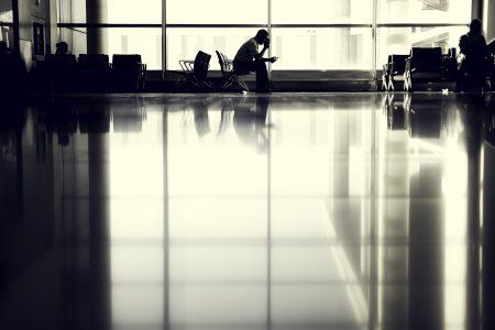 空港 待ち時間