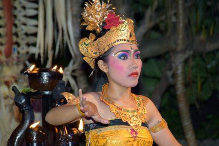 バリ島 オプショナルツアー バリ舞踊2