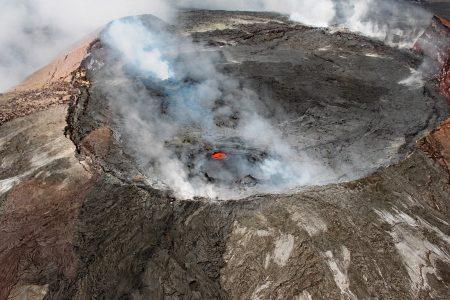 ハワイ島にあるキラウエア火山ツアー