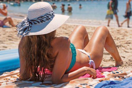 グアムのビーチの持ち物