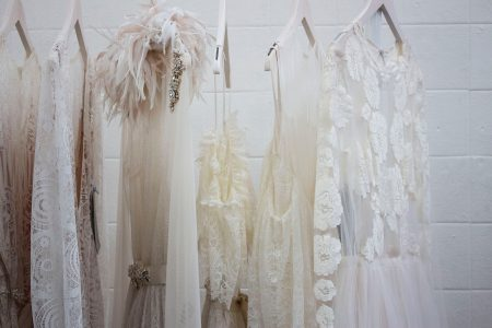 サントリーニ島でドレスの貸し出し