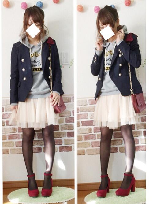 テーラードジャケット × パーカー × チュールスカート