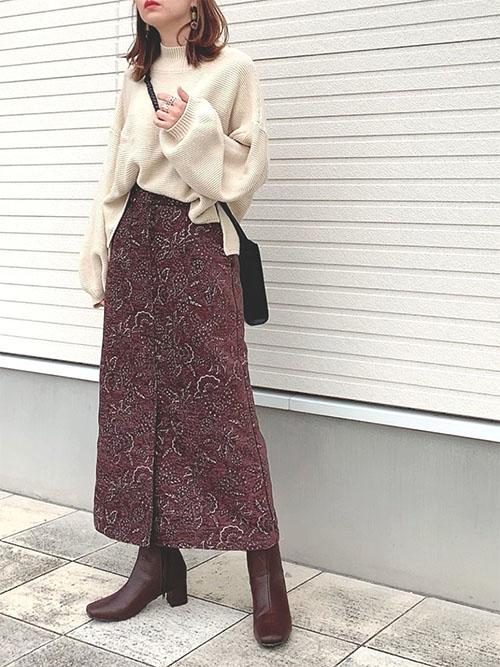ブラウンスカート × ブラウンショートブーツ